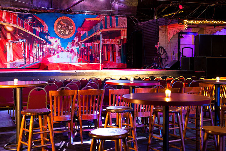 Check Out the Best Meetup Bars New Orleans Has to Offer