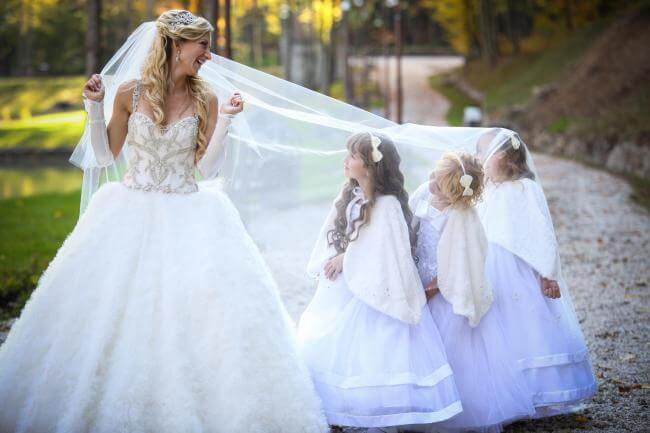 bridal veil mature dating site Dating over 40 friends & family wedding hat or veil brides over 40, 50, 60 (with or without an attached veil) is a chic alternative to a standard wedding.