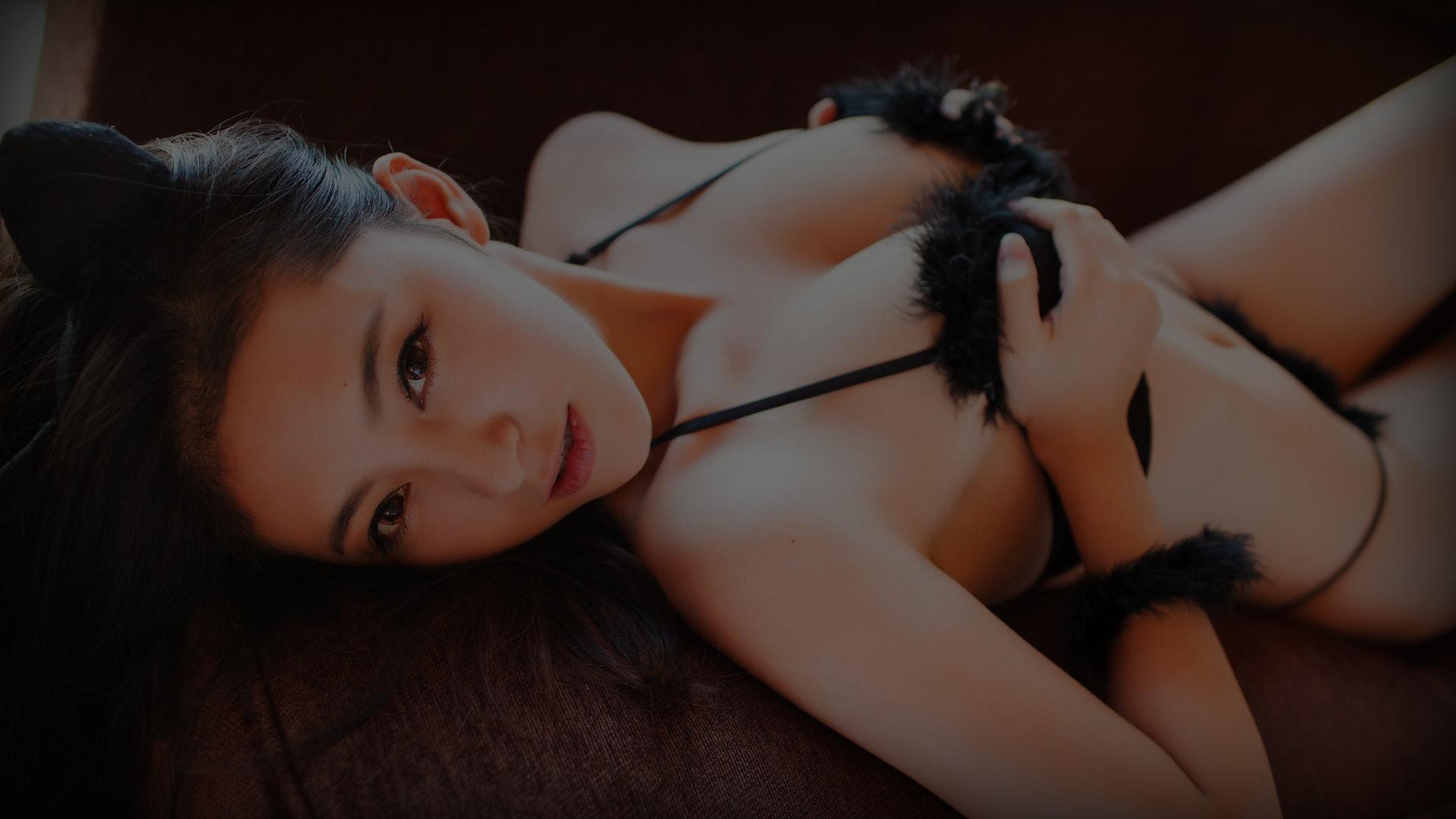 Asian woman in