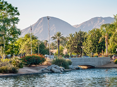 Single women in Palm Springs