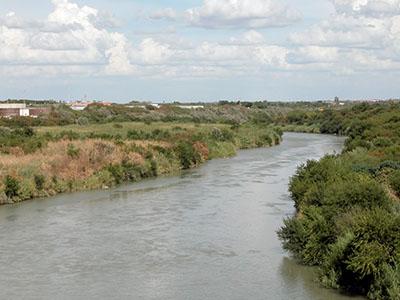 Single women in Laredo