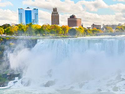Chat room in Niagara Falls